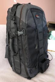 Lowe Pro Trekker