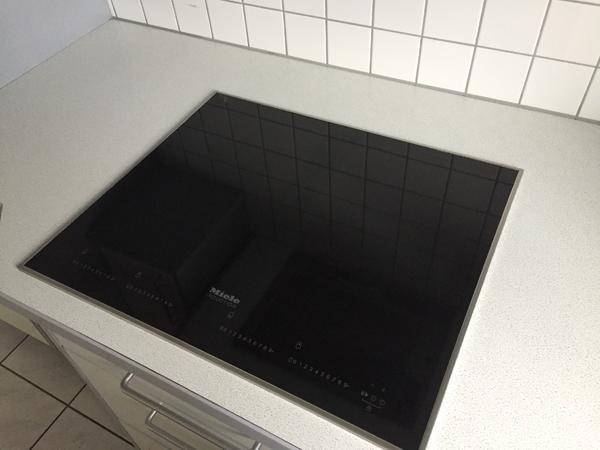 miele induktions kochfeld in koblach k chenherde grill mikrowelle kaufen und verkaufen ber. Black Bedroom Furniture Sets. Home Design Ideas