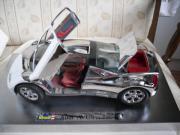 Modell Sammler-Auto AUDI AVUS quatro