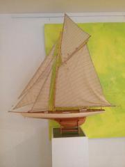 Modellsegelboot zu verkaufen