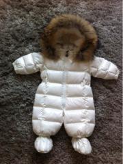 Moncler Baby Schneeanzug