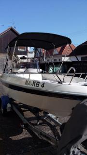 Motorboot Neuwertig mit