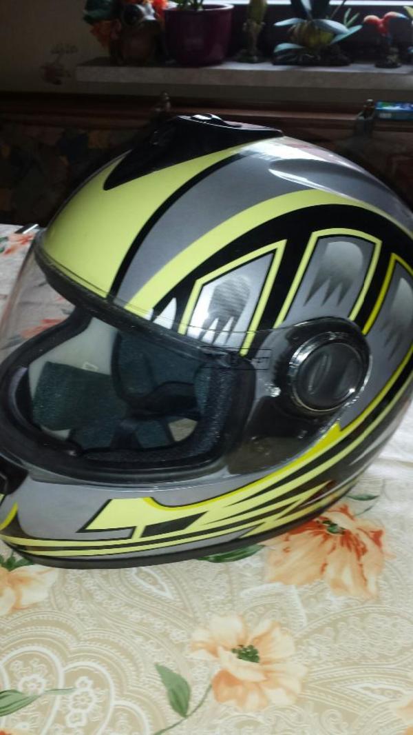 Motorradhelm - Edingen-neckarhausen - Helm mit Ersatzvisier ist neu. Wurde nie getragen.Selbstabholer - Edingen-neckarhausen
