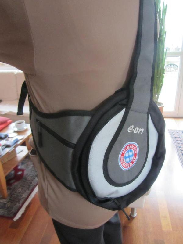 Outdoor Umhängetasche FC Bayern Logo