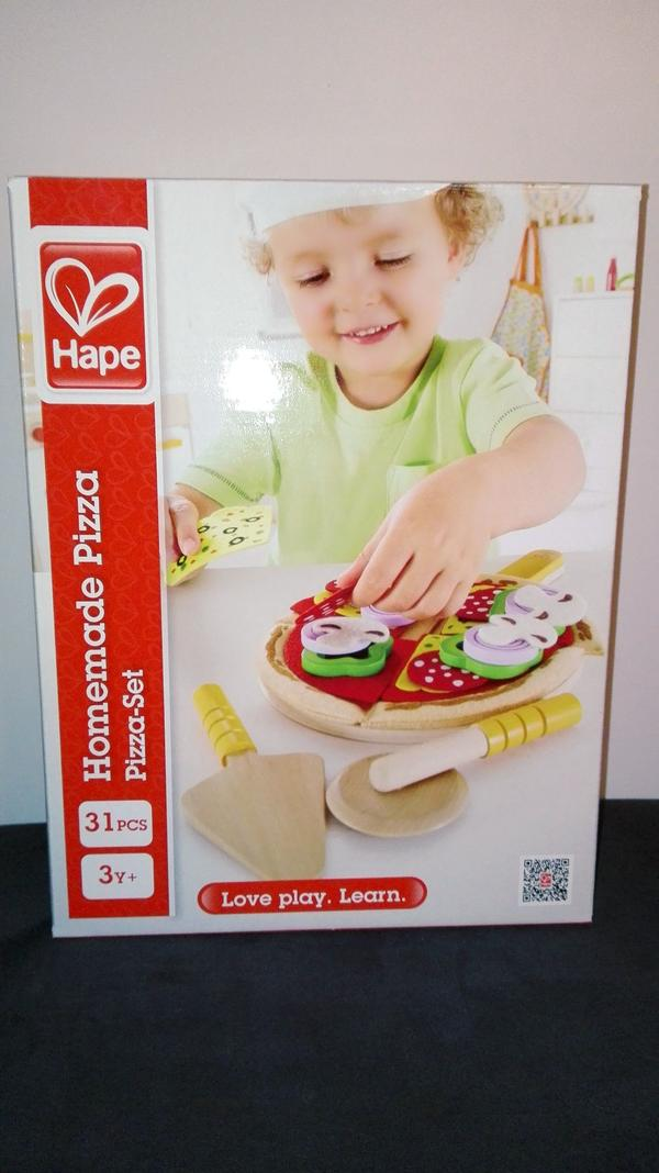 Pizzaset holzspielzeug hape kaufladen kuche in for Holzspielzeug küche
