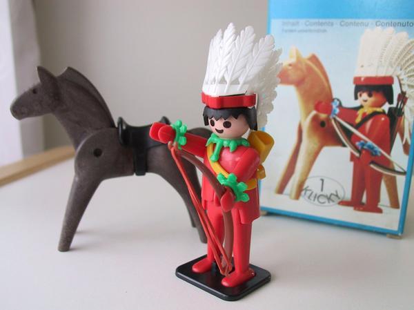 Playmobil Klicky Indianer mit Pferd