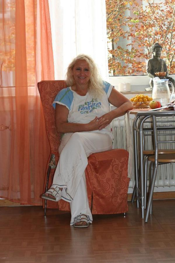 -Privat- Alltagsbegleiterin für Senioren sowie