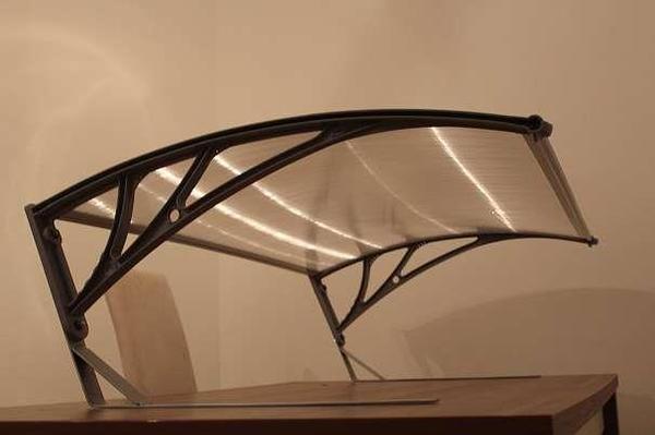 rasenroboter garage dach berdachung in katzbach gartenger te rasenm her kaufen und verkaufen. Black Bedroom Furniture Sets. Home Design Ideas