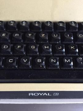 Bild 4 - Reise Schreibmaschine elektrisch Royal Apollo - Starnberg