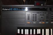 Roland E-20 mit BESONDERHEIT