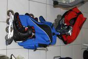 Rollerblades und Schutzsets
