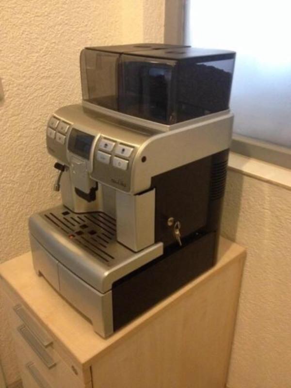 Kaffeevollautomat Saeco Touch gebraucht kaufen Nur 4 St