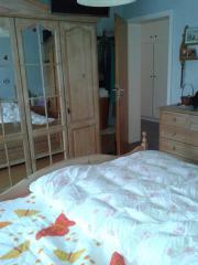 Schlafzimmer Pinie massiv