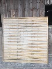 Sichtschutzzaun aus Holz (