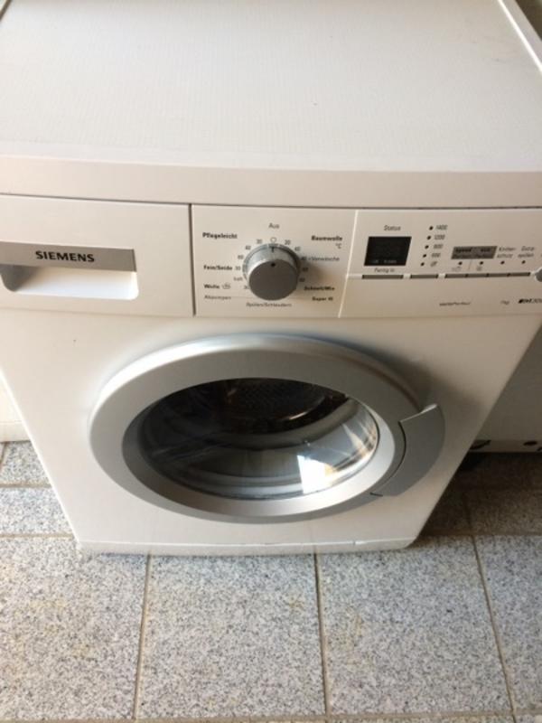 Siemens Waschmaschine voll funktionsfähig TOP 1-7kg neuwertig - Ludwigshafen Gartenstadt - biete hier eine hochwertige Waschmaschine von Siemens zum verkauf. Die Waschmaschine ist in einem sehr guten zustand, voll funktionsfähig, kann bei Abholung getestet werden. Gerät muß in 67067 Ludwigshafen abgeholt werden. Ve - Ludwigshafen Gartenstadt