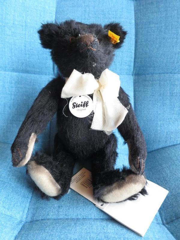 Steiff Teddybär - Neustadt Mußbach - Classic Mohair, schwarz, 26 cm, hervorragender Zustand, unbespielt, Nr.: 000584 - Neustadt Mußbach