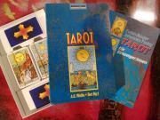 Tarot Karten mit Buch
