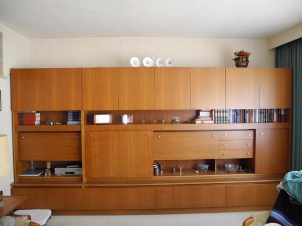 teakholz schrankwand skand stil der 60 70er jahre in hannover wohnzimmerschr nke anbauw nde. Black Bedroom Furniture Sets. Home Design Ideas