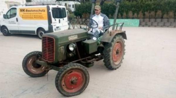 traktor lanz in roxheim traktoren landwirtschaftliche. Black Bedroom Furniture Sets. Home Design Ideas