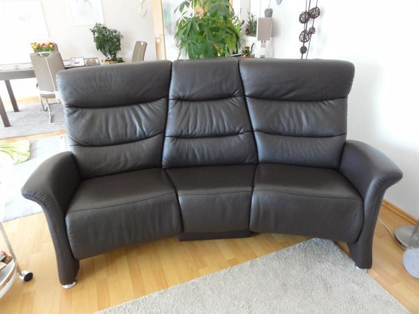trapezsofa mit tisch von himolla in hattersheim polster. Black Bedroom Furniture Sets. Home Design Ideas