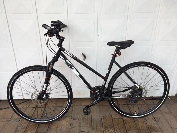 trekking fahrrad 28 gebraucht kaufen nur 2 st bis 60. Black Bedroom Furniture Sets. Home Design Ideas