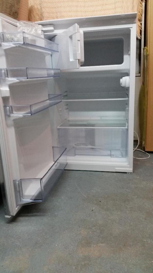 Tolle Constructa Einbaukühlschrank Fotos - Die Kinderzimmer Design ...