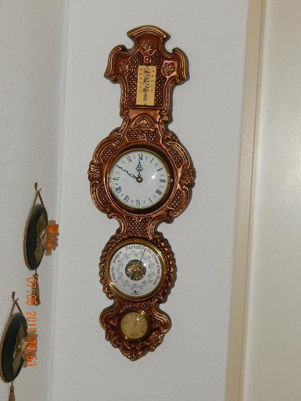 wanduhr vergoldet in darmstadt sonstige antiquit ten. Black Bedroom Furniture Sets. Home Design Ideas