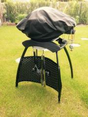 weber gasgrill q1200 inkl gestell und zubeh r in. Black Bedroom Furniture Sets. Home Design Ideas
