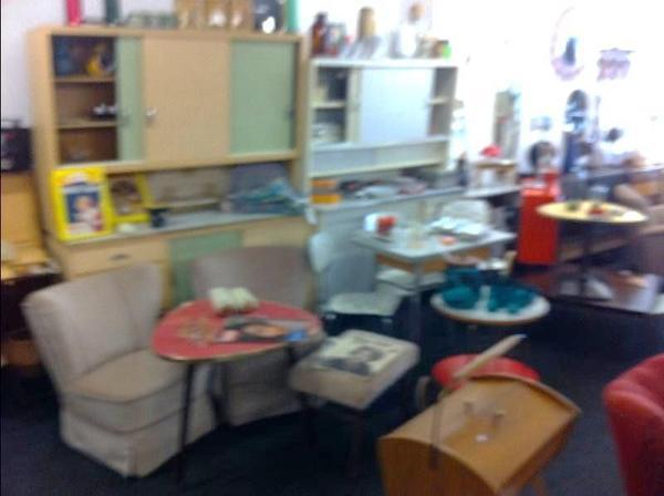 Whgs Opa Sucht Seine 50 70er Möbel Lampen Coctailmöbel Designtecta