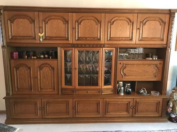 altdeutscher kleinanzeigen schr nke vitrinen. Black Bedroom Furniture Sets. Home Design Ideas